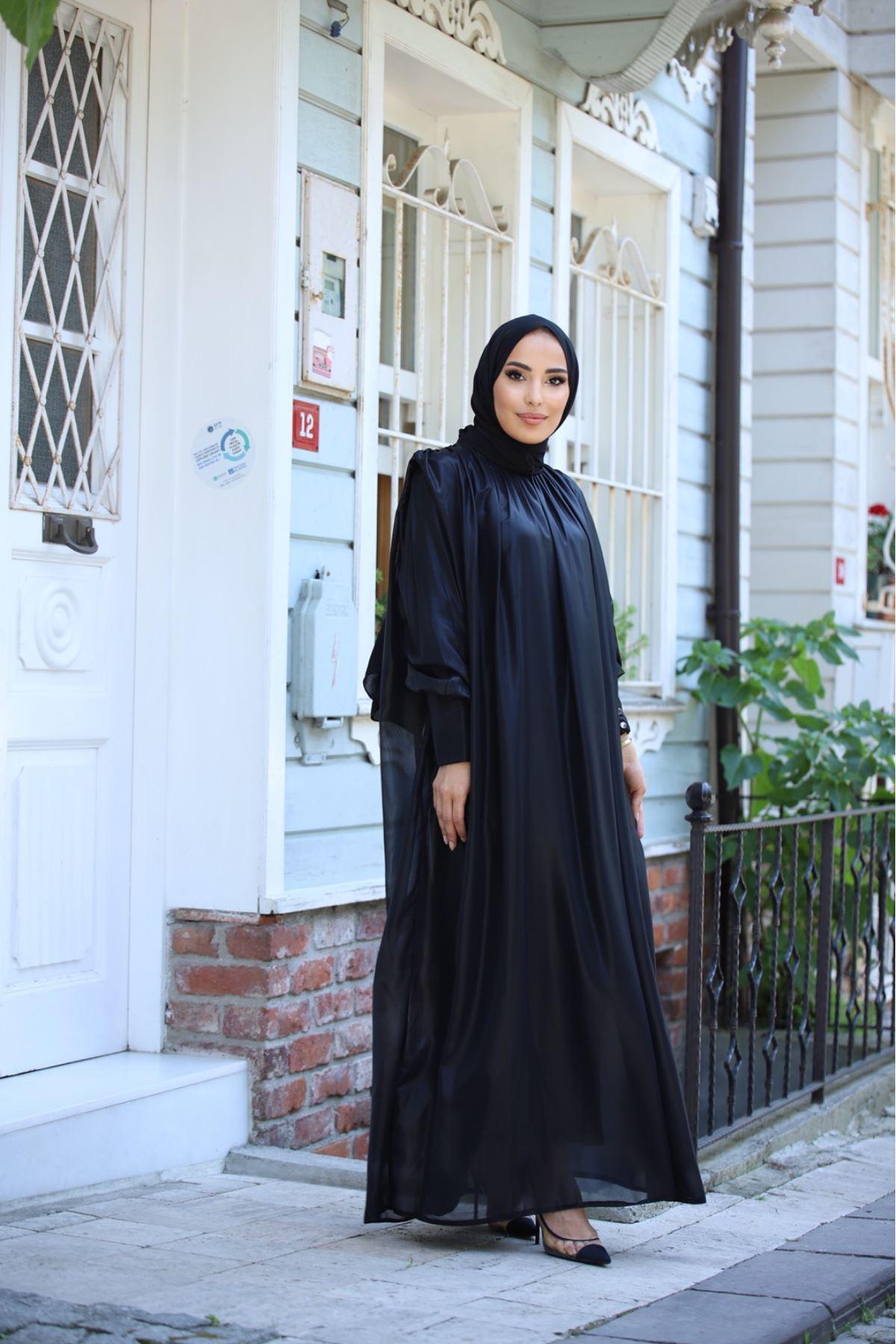 Deri görünümlü şifon elbise özel günlerin vazgeçilmezi - Siyah