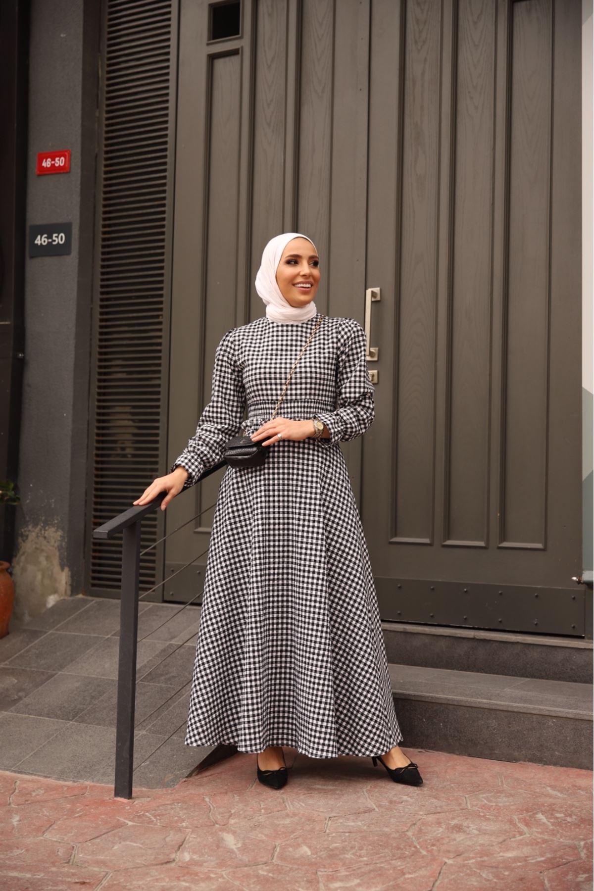 Pötikare bel detaylı elbise - Siyah